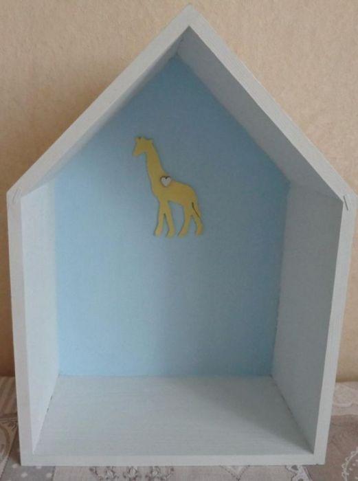 Domek z żyrafą