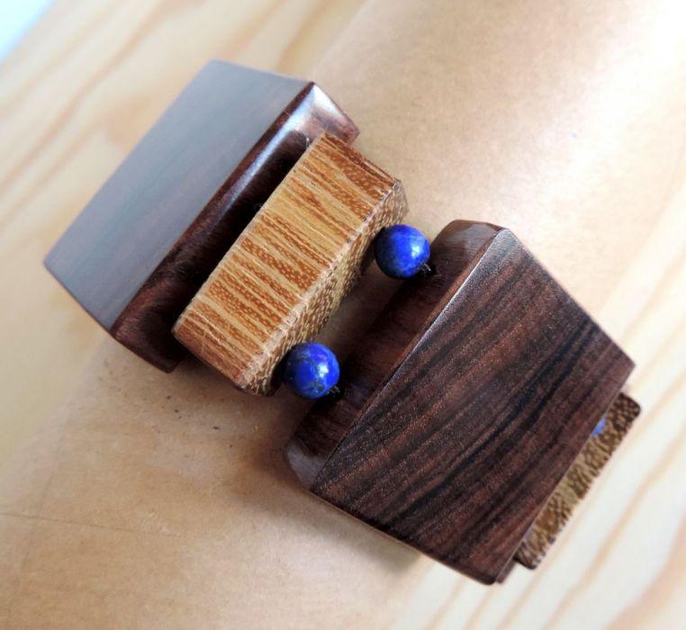 Lapis Lazuri i drewno - terapeutyczny kamień