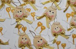 Ładne buźki - aniołki z masy solnej
