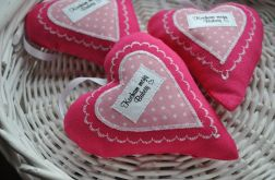 Serduszka zawieszki różowe dla babci