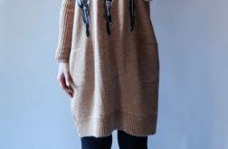 Sukienka oversize z kieszeniami 04