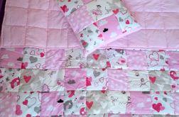 Komplet narzuta z poduszką różowa