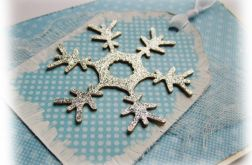 Niebieska kartka świąteczna ze śnieżynką