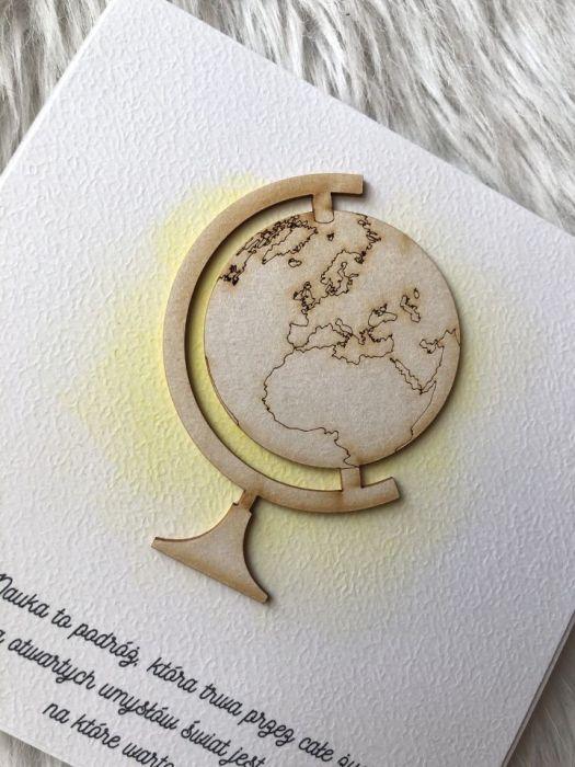 Kartka z globusem na dzień nauczyciela
