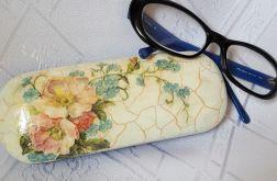Wiosenne etui na okulary z reliefem