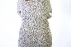 Suknia z owczej wełny
