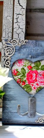 Wieszak shabby chic, róże, prezent