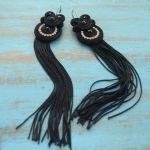 Długie czarne kolczyki z frędzlami