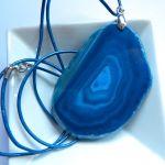 Ciemnoniebieski, surowy agat, duży wisior