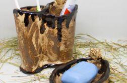 Piękny zestaw łazienkowy z mydelniczką sowy