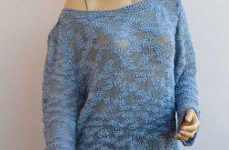 Dziergany niebieski sweterek oversized