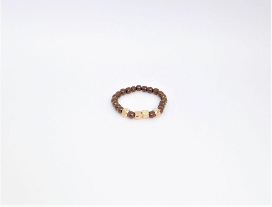 Pierścionek elastyczny z brązowych hematytów3