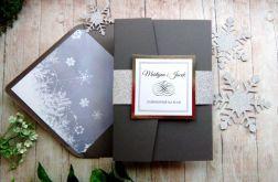 Zimowe zaproszenia na ślub w folderze