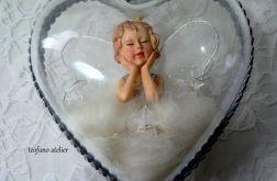 Aniołek w sercu podświetlany