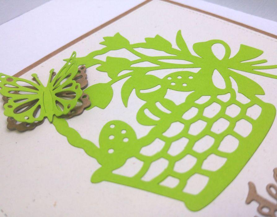 Kartka wielkanocna - zielony koszyczek nr 2 - motylek 3D