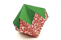 Bombka origami diament z papieru świąteczna
