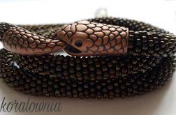 Brązowy wąż - sznur koralikowy