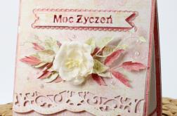 Urodzinowa/imieninowa z kwiatem warstwowa