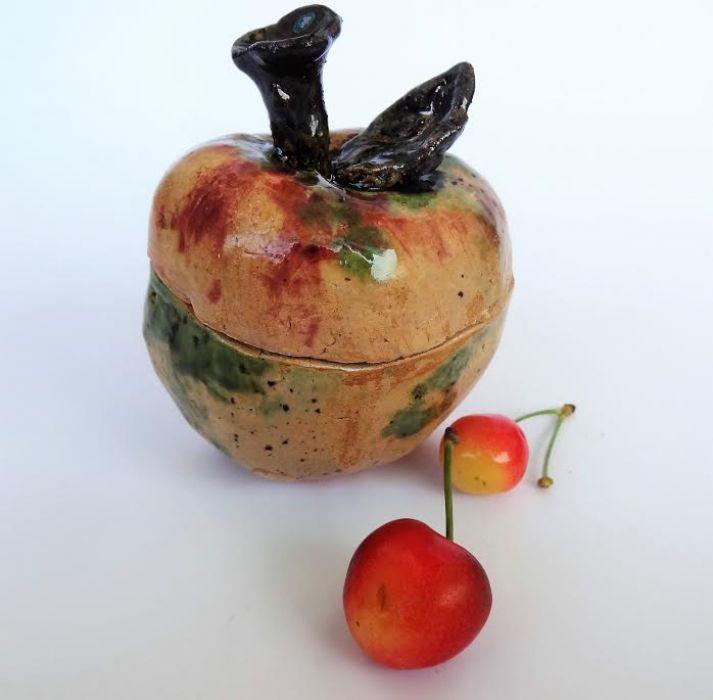 cukierniczka jabłkiem jest