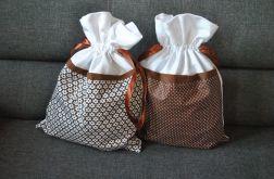 Dwa worki na bieliznę - w kolorze czekolady