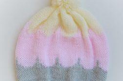 Knitting Colorful Hats- Sweet Cream