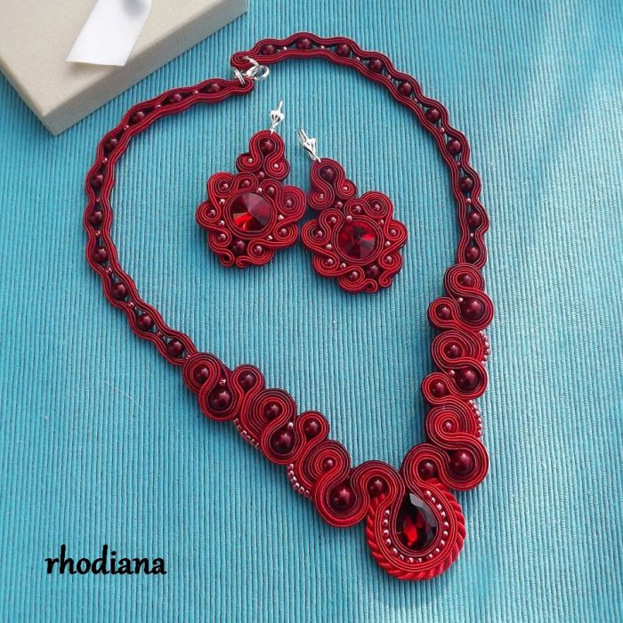 Rubinowe LOVE- wyjątkowy naszyjnik - Naszyjnik i kolczyki sutasz  kolor rubinowy czerwony wiśniowy całość- Rhodiana