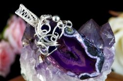 Srebrny wisior z plastrem Agatu fioletowy