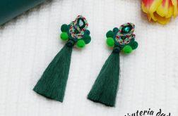 Kolczyki sutasz Bohoo pompony chwost zielone