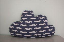 Wielka i mięciutka poduszka chmurka wąsy