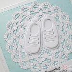 Kartka PAMIĄTKA CHRZTU biało-niebieska #1/Z - Kartka na Chrzest Święty z białymi bucikami