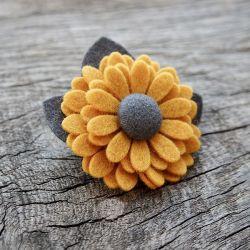 Broszka kwiatek ZOE HONEY