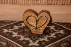 szkatułka z drzewa w kształcie serca