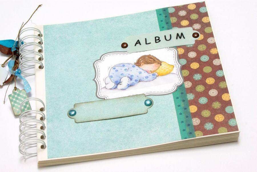 Album dla chłopczyka na sprężynie