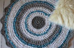 szydełkowy dywan 92 cm