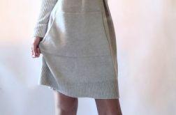 Sukienka oversize z kapturem