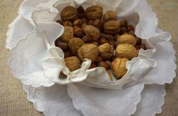 Koszyczek - serwetka do serwowania pieczywa