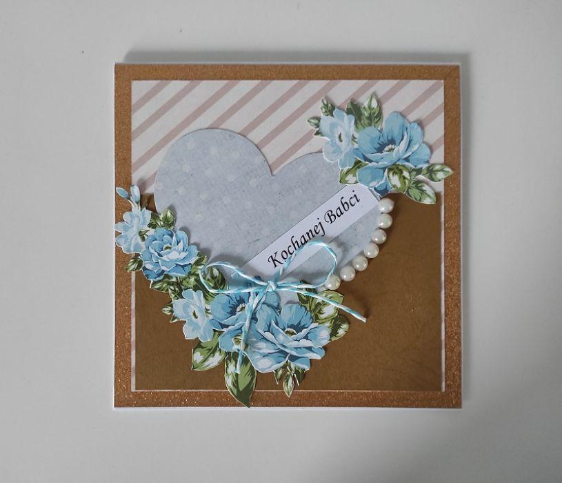 Kartka na Dzień Babci niebieskie kwiaty -