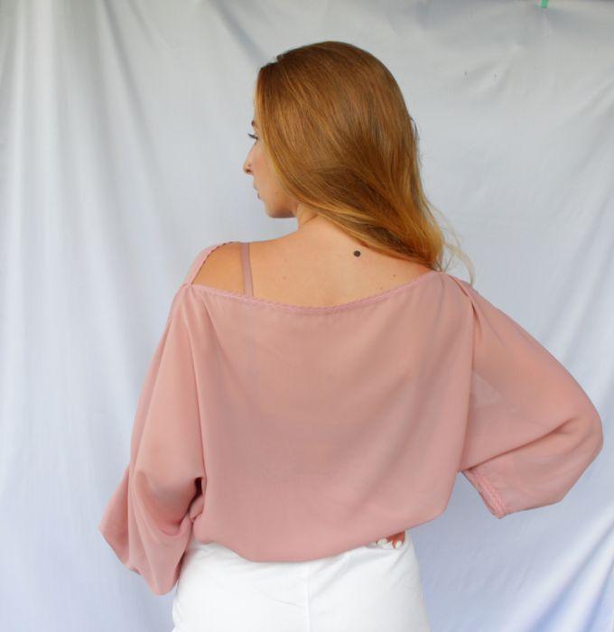 szyfonowa bluzka pudrowy róż - tył bluzki