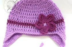 Fioletowa czapka pilotka z kwiatuszkiem