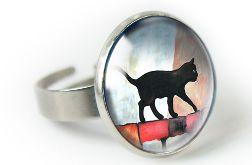 Black cat pierścionek z ilustracją