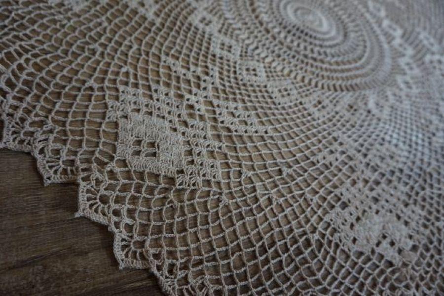 Serweta szydełkowana okrągła 90 cm