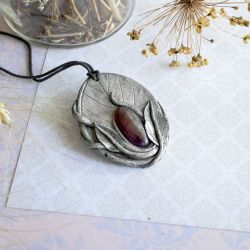 Wisior inspirowany naturą z agatem