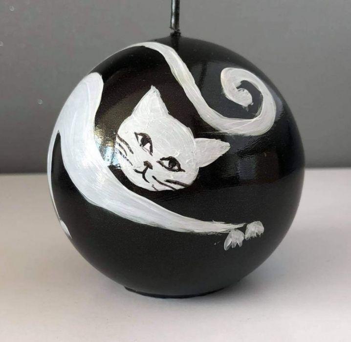 Świeca w kształcie kuli-kot Filemon -