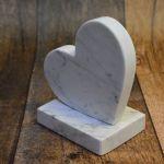Serce z marmuru figurka Walentynki Carrara -