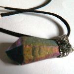Tęczowy kryształ z tytanem, wisiorek