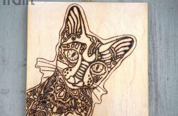 drewniany obrazek z kotem z stylu tatoo