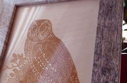 8A. Obraz Drzeworyt Sowa Efekt Korników(258x197)mm