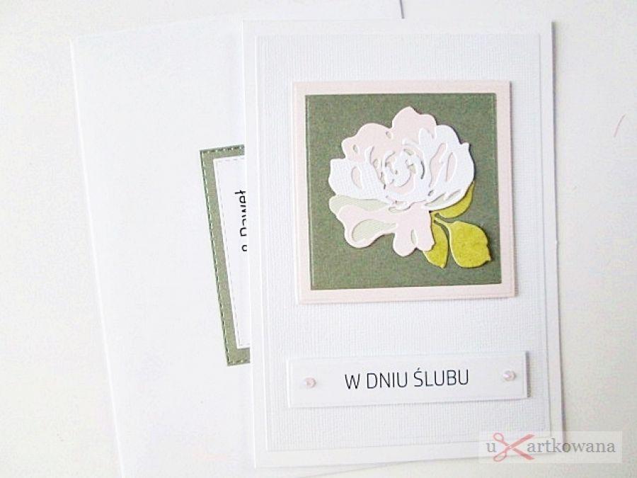 Kartka W DNIU ŚLUBU z pastelową różą - Szaro-różowa kartka ślubna w ozdobionej kopercie