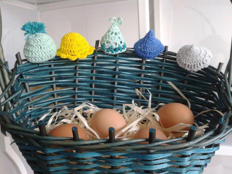 Czapeczki  ocieplacze na jajka