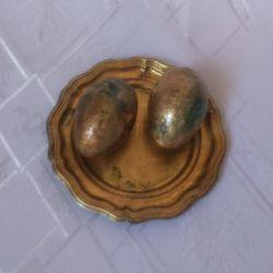 Złocone jajeczka z talerzykiem